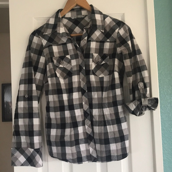 Signature by Larry Levine Tops - Plaid shirt